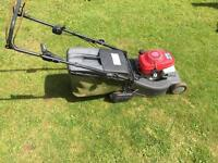 Honda petrol self propelled lawnmower with roller