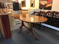 Extending antique / retro dining table