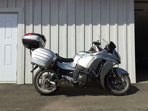 2011 Kawasaki Concours 14 ABS WITH THE Secondgeneration KACT