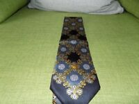 Mens Genuine Versace Silk Tie **£25**
