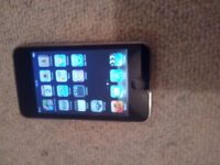Apple iPod Touch 4 8Gb - For Spares - Charges-Screen /Buttons Good - WiFi Speaker not working -