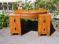 Beautifully Shaped Vintage/Antique Dressing Table with Drawers, Rounded Style, Needs A Bit of TLC