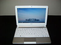 "Acer Aspire One D270 10.1"" Notebook Intel Atom 1.60GHz CPU 2 GB DDR3 320 GB HDD Wifi Webcam HDMI"