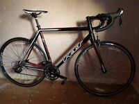Felt F75 racer bike, light high spec bike in exceptional condition