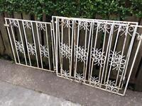 Garden gate set