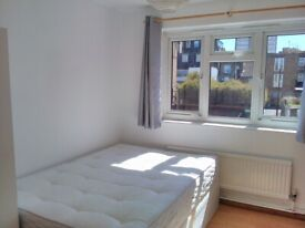 DOUBLE ROOM ONLY 2 MINUTES WALK FROM BETHNAL GREEN STATION, ZONE 2