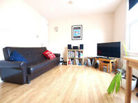 A top floor 1 double bedroom flat in the heart of Finsbury Park seconds from tube and CrouchHill og
