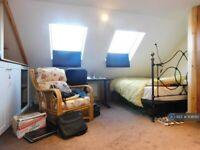 1 bedroom in Cockett Road, Slough, SL3 (#1108010)