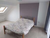 £650pm Spacious double loft room with en-suite
