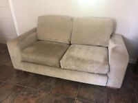 LARGE 4 SEATER & 3 SEATER REIDS SUITE FOR SALE