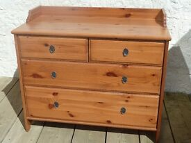Pine Chest of Drawers/ Dressing Table Contains Four Drawers Nice solid Piece of Furniture