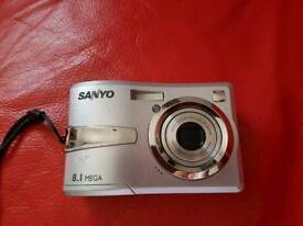 Sanyo digital photo camera 8.1 MP