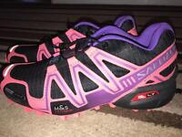 Salomon Speed cross 3. Small fitting would suit uk5