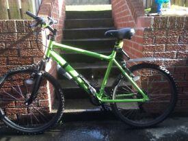 Apollo phaze adult bike