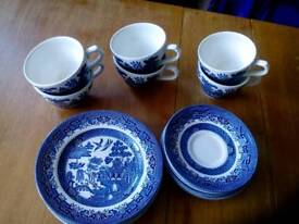 Churchill tea set