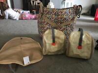 Pacapod changing bag with change pod & feed pod
