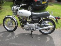 1972 Norton Commando 750cc Roadster new steel tank Free of road tax.