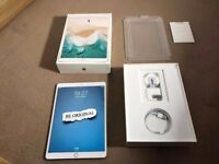 Apple iPad Pro 10.5 Inch 64GB wifi (2017 Version) boxed mint condition