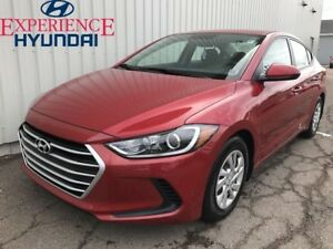 2017 Hyundai Elantra LE LIKE NEW! FRESH DESIGN | VERY LOW KMs |