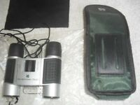 NATIONAL TRUST COMPACT, LIGHTWEIGHT BINOCULARS WITH NECK STRAP 8 x 21 WITH CARRYING CASE