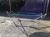 Fold up garden hammock