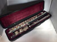 YAMAHA 211 Flute in Excellent Condition + Extra Materials