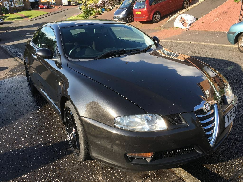 alfa romeo gt 1 9 jtd 16v 150 bhp turbo diesel coupe 54 plate black 105 000 miles in largs. Black Bedroom Furniture Sets. Home Design Ideas