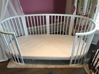 Stokke Children's Bed 3 in 1 - White - All included + 2 Optional Free Bumpers