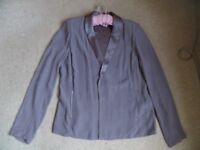 'American Vintage' light-weight jacket - pale mauve. Size 14 New in July 2017 and worn only twice