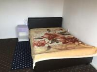 Large Double Room ( Harlow Town)