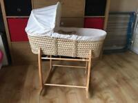 Clare da Lune Moses Basket and Deluxe Stand