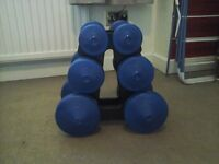 Set of 3 dumbbells with stand