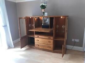 Beautiful Oak Drinks/Dinner Cabinet