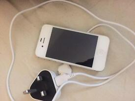 White IPhone 4s on 3