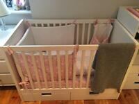 Cot with drawers and matress
