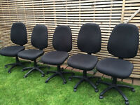 3 Large comfortable multi adjustable office chairs, vgc