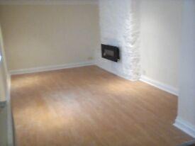 Attractive 2 Bed Ground Floor Flat. Torquay £600pcm
