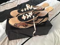 Puma Alexander Van Slobbe Edition Cream Black Trainers Shoes Women's size 5 / 38