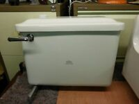 VINTAGE ROYAL DOULTON TOILET CYSTERN AND LID