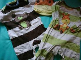 Baby boys clothes 0-3 months - 30 items in a box