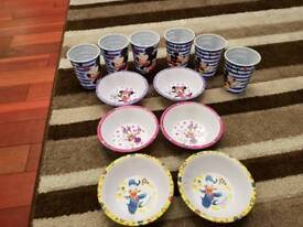 disney 6 cereal bowls and 6 cups