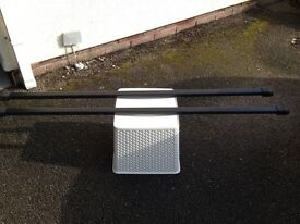 Thule square roof bars, feet and fitting kits for older Passat