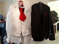 X5 mens 5piece suits can be taken up or down very good condition