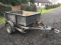 Tipper / tipping trailer
