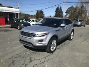 2015 Range Rover Evoque Pure Plus Premium(NAV, glass roof)