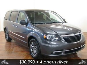 2016 Chrysler Town & Country S CUIR NAV DVD HITCH *ON VOUS ENDOS