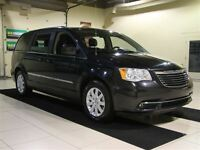 2015 Chrysler Town & Country TOURING A/C