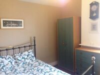 Double Room To Rent in East Reading
