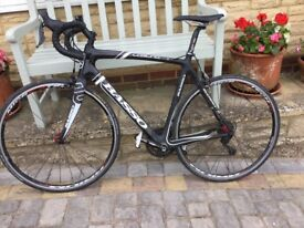 BASSO CARBON ROAD BIKE. 56CM (suit approx 5'9 to 6')
