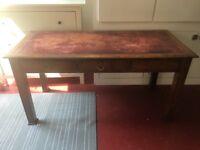 Charming Classic desk